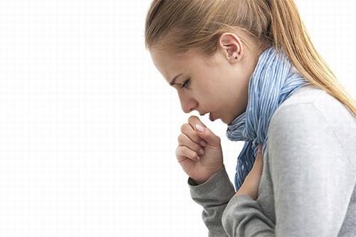 Ho kéo dài là triệu chứng cảnh báo bệnh hen suyễn
