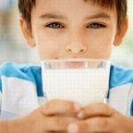 Bị tiêu chảy có nên uống sữa không?