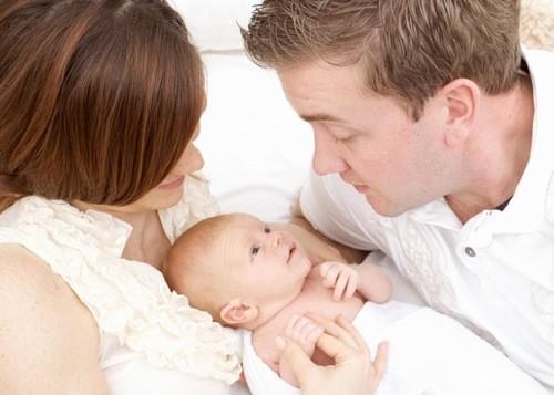 Chăm sóc trẻ sơ sinh không phải đơn giản, đặc biệt là với những người mới làm mẹ lần đầu.