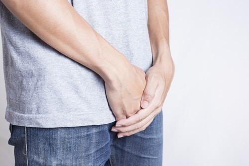 Hẹp bao quy đầu là tình trạng thường gặp ở nam giới.