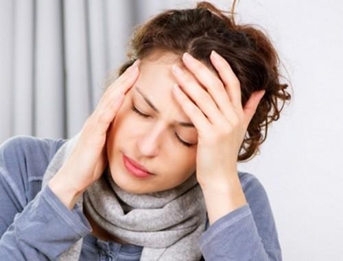 Kinh nguyệt kéo dài là biểu hiện điển hình chứng rối loạn kinh nguyệt.