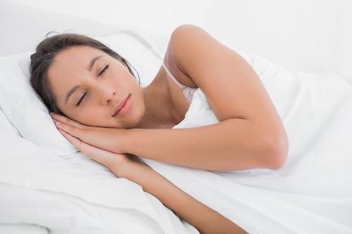 mẹo nhỏ giúp bạn ngủ ngon khi bị ngạt mũi