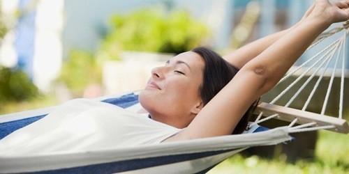 Nên nghỉ ngơi hợp lý, giữ tinh thần thoải mái.