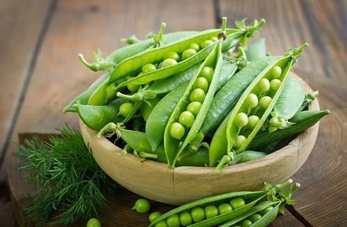 Không chỉ canxi, đậu hà lan còn chứa nhiều vitamin K cần thiết cho hệ xương chắc khỏe