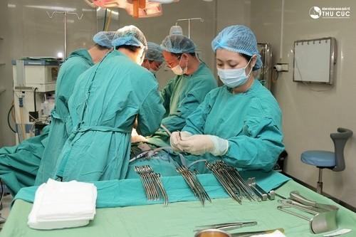 Tại Bệnh viện Thu Cúc bệnh nhân sẽ được phẫu thuật trong phòng vô khuẩn 1 chiều với trang thiết bị y tế hiện đại nhất