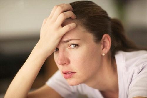 Siêu âm không thấy tim thai khiến cho thai phụ lo lắng.