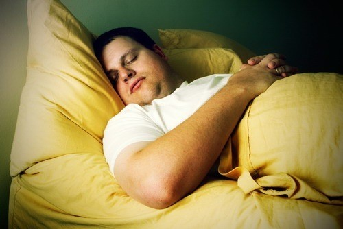 Ngủ nhiều gây nên hiện tượng béo phì