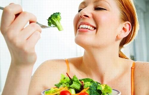 Chế độ ăn uống nhiều rau xanh ngừa bệnh gout