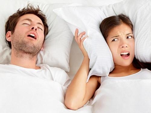 Ngủ ngáy cũng có thể là dấu hiệu bạn bị rối loạn giấc ngủ