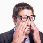Triệu chứng ung thư mí mắt bạn không được chủ quan