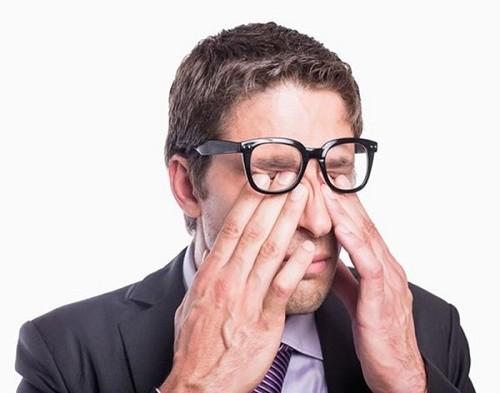 Nổi cục ở da mí có thể là triệu chứng ung thư mí mắt