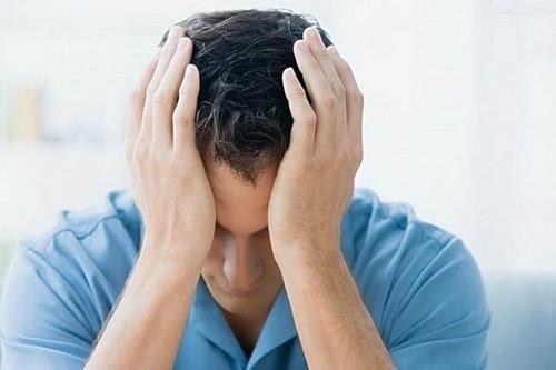 Cắt bao quy đầu là một thủ thuật được chỉ định với nam giới có bao quy đầu dài hoặc bao quy đầu hẹp