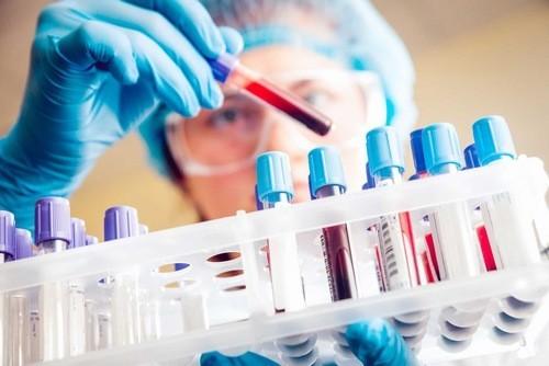 Xét nghiệm máu để theo dõi chỉ số đường trong máu