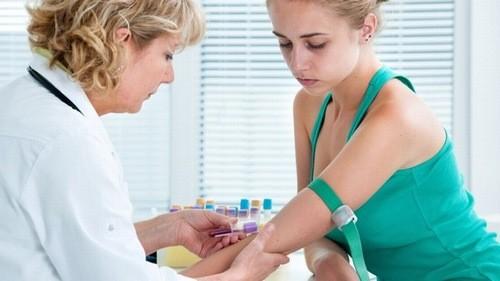 Tùy từng xét nghiệm có thể thực hiện vào buổi chiều hay không bạn nên tham khảo ý kiến bác sĩ