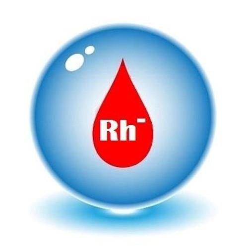 Nhóm máu thuộc Rh- là những máu hiếm cần được kiểm tra sớm