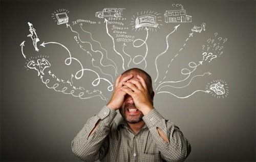 Stress thường xuyên là nguyên nhân khiến dân văn phòng dễ bị rối loạn tiền đình tấn công