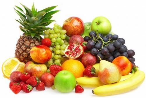 Nếu bị thở khò khè, bạn nên ăn nhiều trái cây như dâu tây, quả việt quất, đu đủ, cam vì đây là những loại hoa quả có nhiều chất dinh dưỡng, giúp cải thiện sức khỏe, nâng cao sức đề kháng khiến bạn thở dễ dàng hơn.
