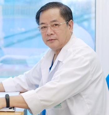 Thầy thuốc ưu tú, bác sĩ Bùi Anh Giao – Bác sĩ Ngoại khoa