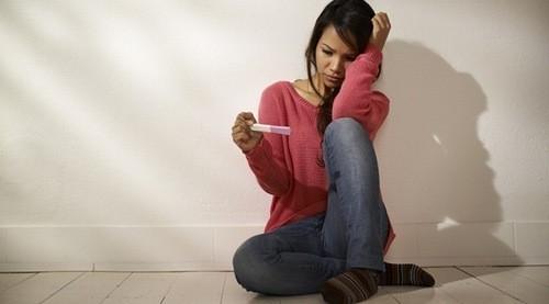 Chị em cần biết đa nang buồng trứng chính là một thủ phạm gây nên vô sinh, hiếm muộn.