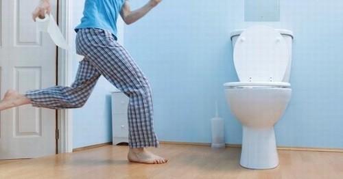 Đi tiểu quá 8 lần 1 ngày mà không do ăn uống thay đổi thì có thể là dấu hiệu cảnh báo bệnh lý