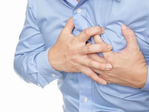 """Người bệnh tim mạch lúc """"yêu"""" có thể gặp tình trạng đau tim đột ngột"""