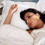 Lý giải triệu chứng giật mình khi ngủ