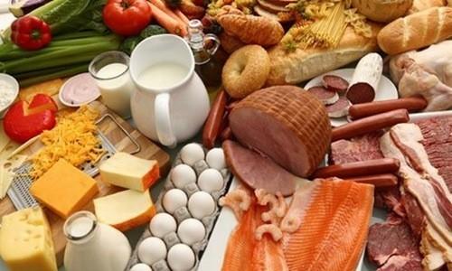 Chế độ ăn uống nhiều dầu mỡ gây sỏi mật