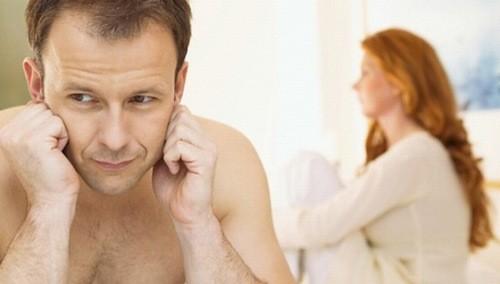 Các bệnh lây qua đường tình dục như lậu, giang mai, tạp khuẩn đều có thể để lại biến chứng là tắc ống dẫn tinh.