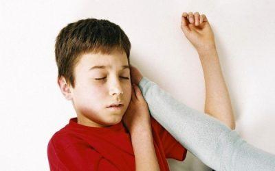 Trẻ bị động kinh và cách chăm sóc đúng