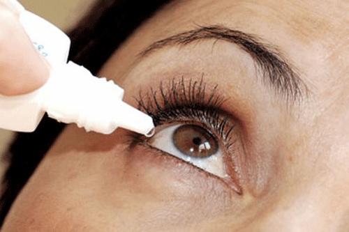 Người bệnh viêm bờ mi cần vệ sinh mắt đúng cách tránh lây nhiễm cho người xung quanh