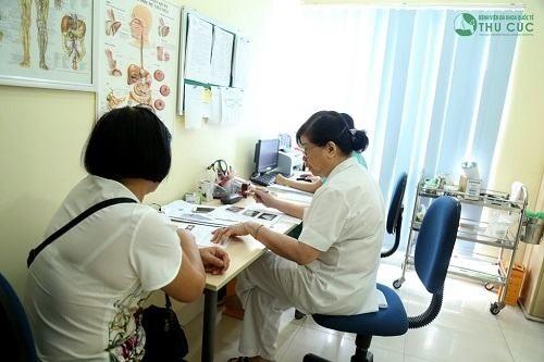 Thăm khám để được chẩn đoán và điều trị bệnh hiệu quả