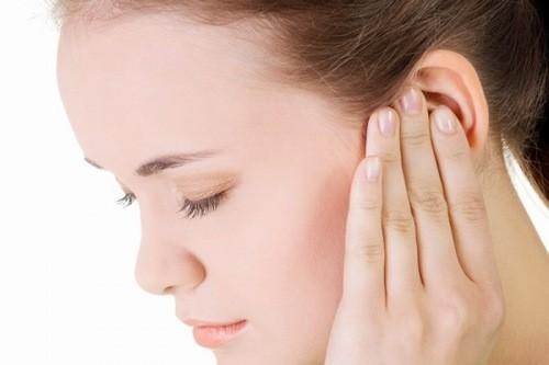 Viêm tai giữa nếu không được điều trị hiệu quả có thể dẫn đến biến chứng nguy hiểm