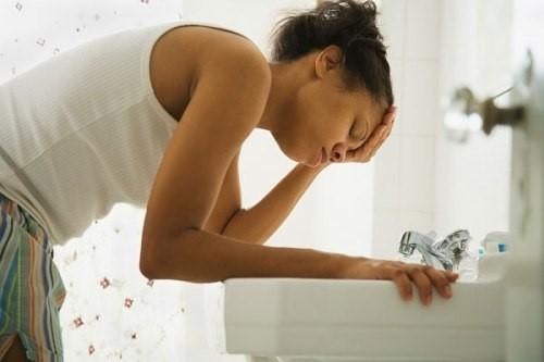 Mãn kinh sớm là một trong những nguyên nhân gây chậm kinh.