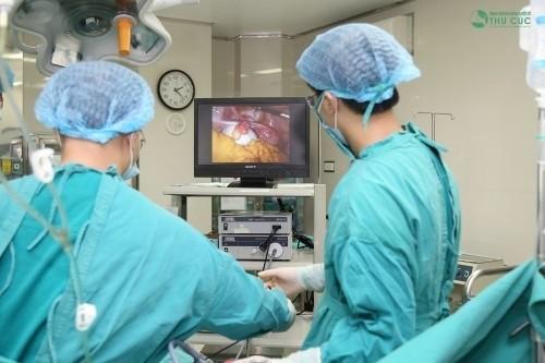 Thực hiện nội soi buồng tử cung tại địa chỉ y tế uy tín.