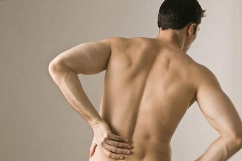 Đau vùng xương chậu ở nam giới có thể là dấu hiệu cảnh báo nhiều bệnh lý nguy hiểm