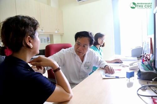 Thăm khám để được chẩn đoán và điều trị hiệu quả triệu chứng đau vùng xương ức