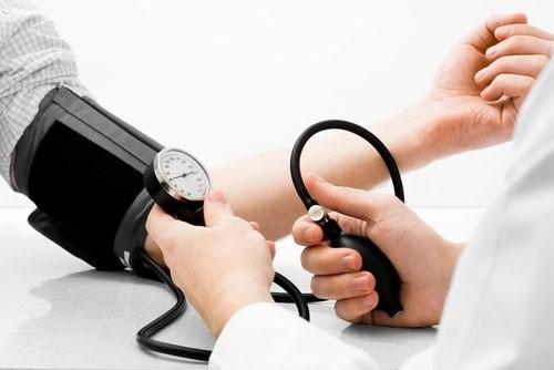 Huyết áp trong khoảng 12/80 mmhg là bình thường ở người trưởng thành