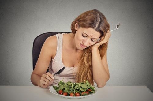 Mệt mỏi chán ăn có thể là dấu hiệu cảnh báo bệnh suy giáp