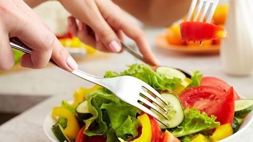 Người bệnh trào ngược dạ dày thực quản cần có chế độ ăn uống phòng ngừa