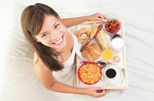 Người bệnh viêm loét hang vị dạ dày cần có chế độ ăn uống thích hợp.