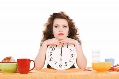 Nên nhịn ăn trước khi thực hiện xét nghiệm máu