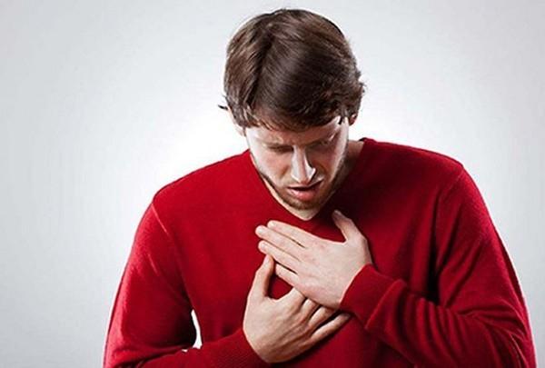 Khó thở có thể là dấu hiệu cảnh báo của các bệnh về tim mạch hoặc đường hô hấp