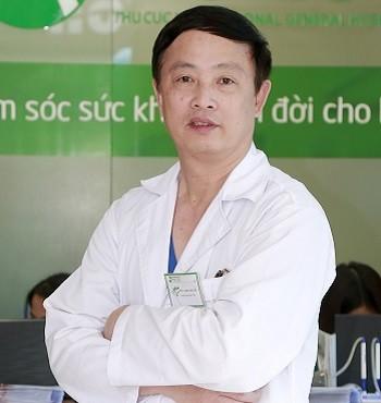 Thầy thuốc ưu tú, Bác sĩ CKI Dương Văn Tiến – Trưởng PK Tai mũi họng