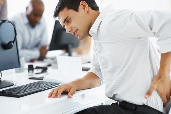 Có hàng chục loại bệnh mà nhân viên văn phòng dễ mắc phải. Trong đó có nhiều bệnh nguy hiểm.