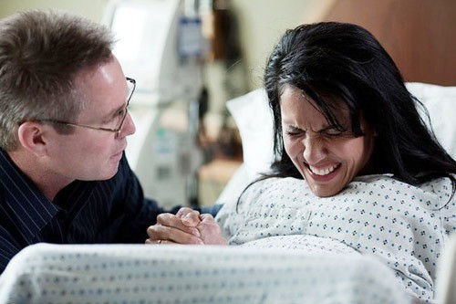Mang thai là niềm hạnh phúc của mẹ nhưng hầu hết các mẹ đều lo lắng về cảm giác đau khi sinh