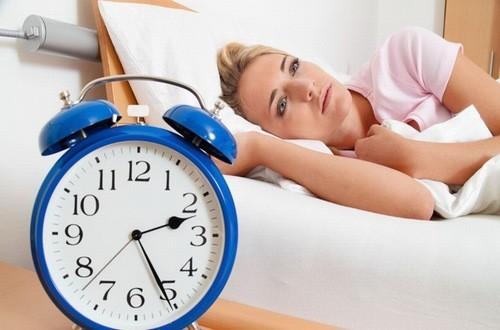 Mất ngủ kéo dài có thể dẫn đến huyết áp cao