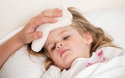 8 Bệnh trẻ hay gặp lúc giao mùa và cách phòng tránh