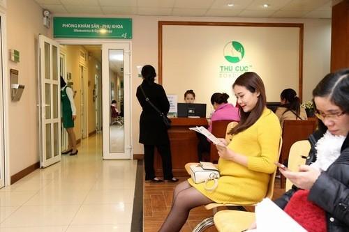 Nếu chọn sinh con thứ 3, mẹ bầu cần được theo dõi thai kỳ chặt chẽ đề phòng tai biến thai kỳ.