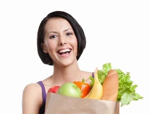 Chú ý đến chế độ ăn uống bổ sung các vitamin có tác dụng làm liền da, giúp vết thương mau lành sẹo.