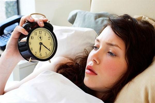 Mất ngủ mệt mỏi có thể là dấu hiệu cảnh báo hội chứng cường giáp